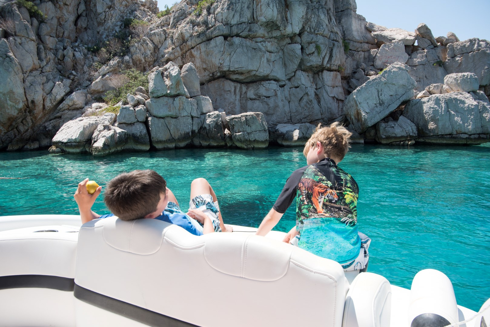 Dolphin spotting and cliff diving in Loutraki Greece