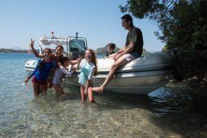 Family boat rental in Corinth Greece