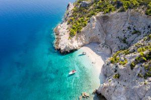 Boat trip at the white beach Lido Blue