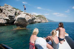 Rock diving at the Corinthian